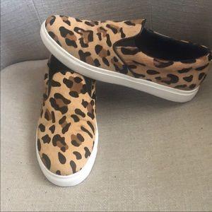 Steve Madden cheetah/leopard slip ons